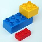 lego_and_duplos_1200w