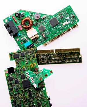 photo-circuitboard-dinasour-665922266-med