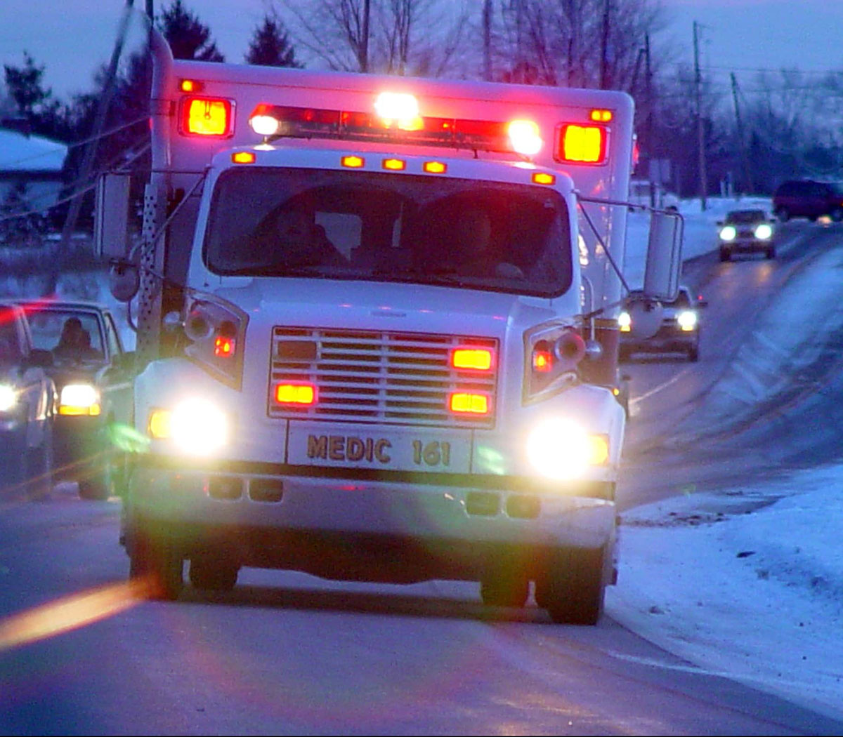 photo-ambulance-snowyroad_1200w